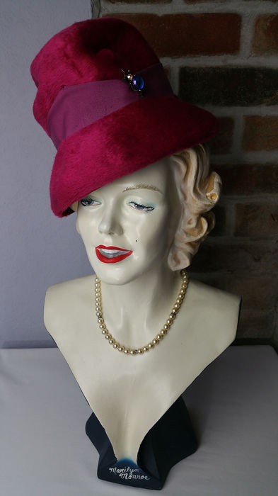 Brown Thomsons Bespoke Millinery (Union Made) - One Size Hoeden & Fascinators