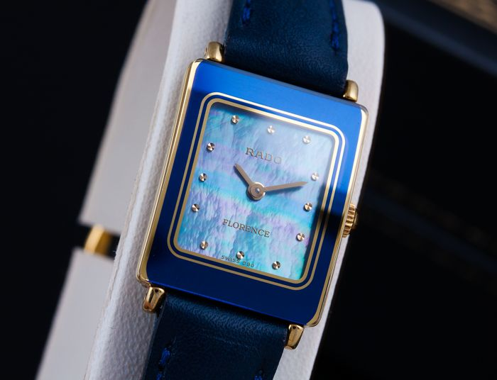 Rado - Florence - Mother-Of-Pearl Dial - Mujer - 2011 - actualidad