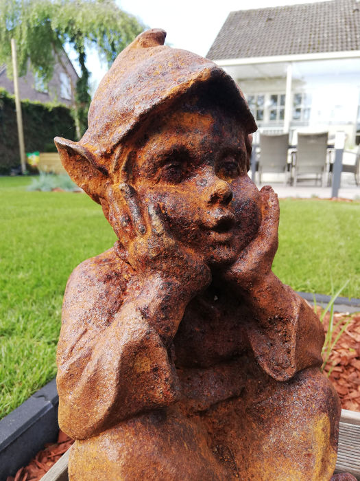 Sculpture of a gnome - Iron (cast) - Second half 20th century