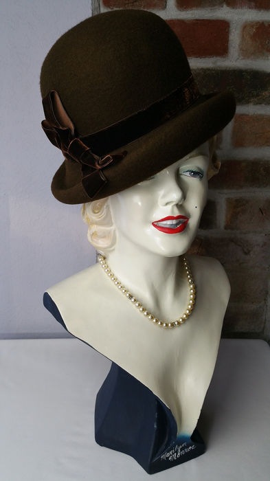Liz Claiborne - One Size Hoeden & Fascinators