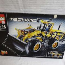 LEGO - Technic - 8265 - Front loaders