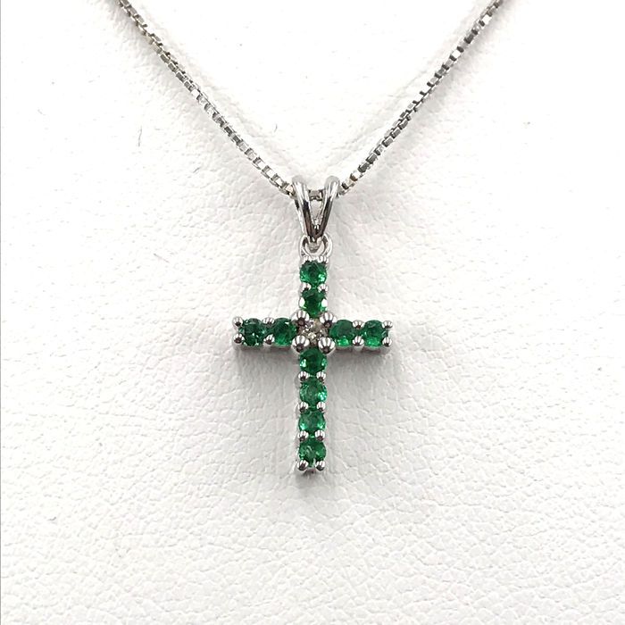 Damiani - 18 kt. White gold - Necklace with pendant - 0.02 ct Diamond - Emeralds