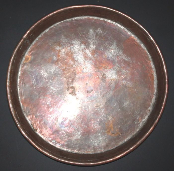 """Large and ancient """"Baking pan"""" - Italy mid 19th century - Copper"""