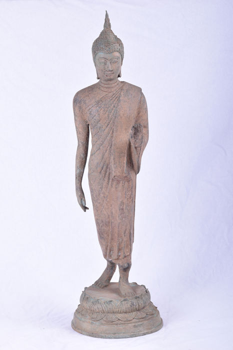 Large classical standing Buddha 65 cm - 6.1 kg - Bronze - Thailand - Late 20th century