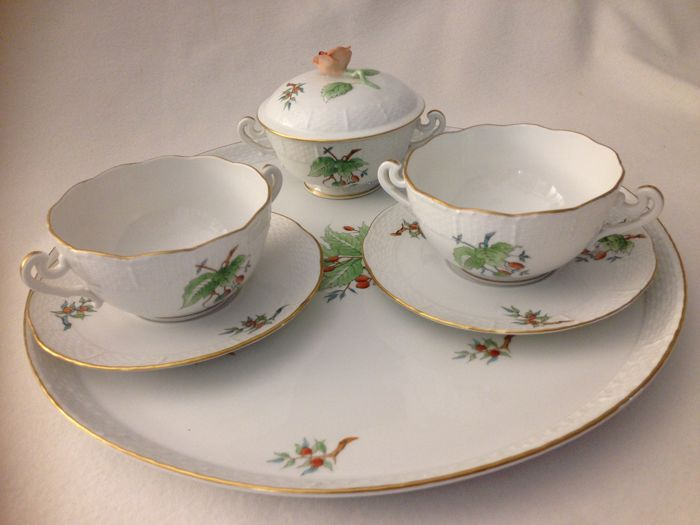 HEREND - elegante set da colazione 7 pezzi bordo canestrato  - Rose décor and passion fruit finished in gold - Romantic - Porcelain