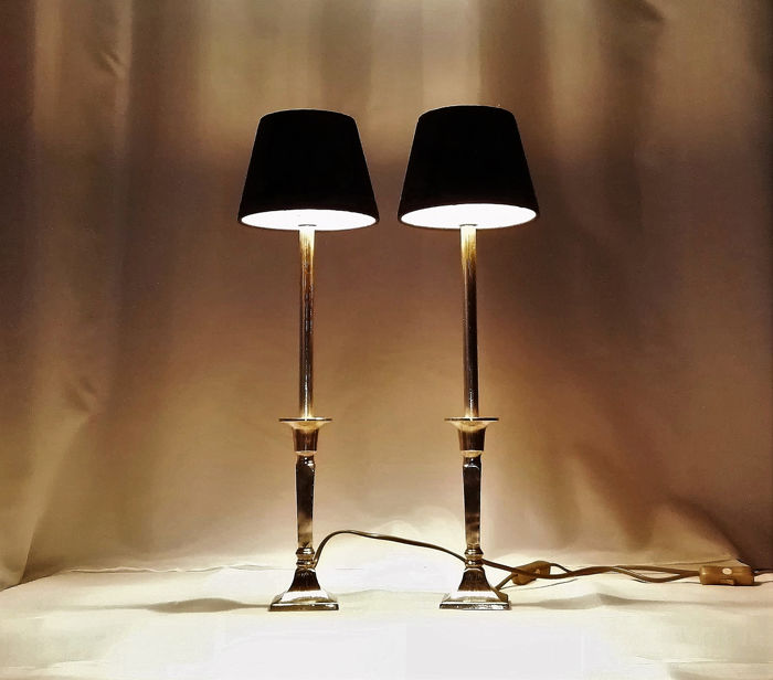 Luxurious Identical Large Robust Bronze Table Lamps 2