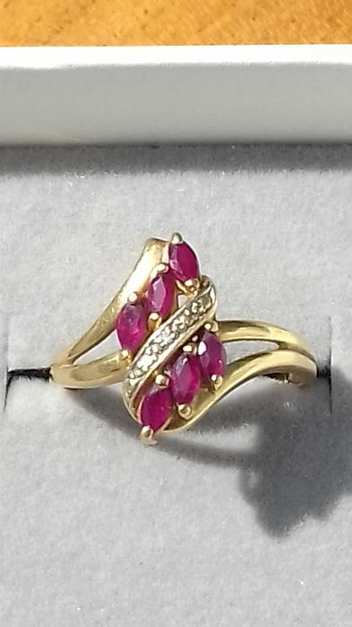 18 kt. Yellow gold - Ring - 0.60 ct Ruby