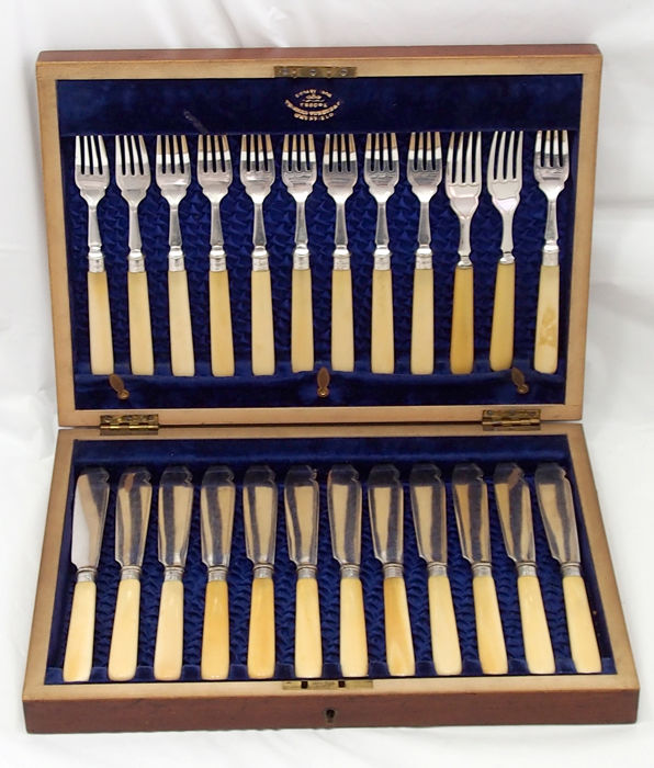 Thomas Turner Sheffield - Cutlery, Boxed (24) - .925 silver, Silverplate