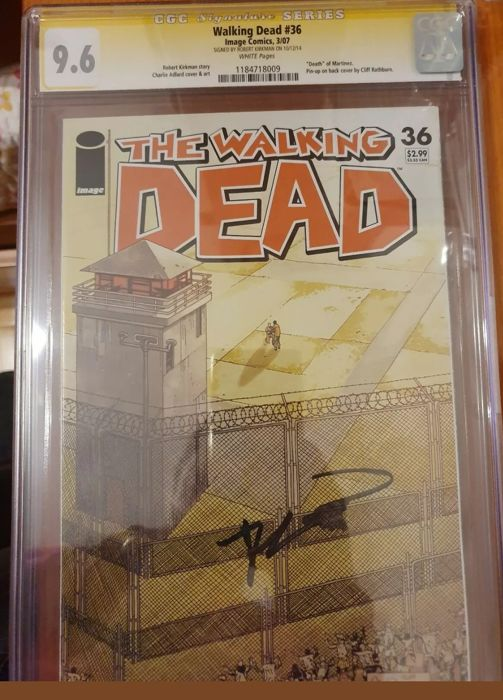 The Walking Dead #36 - Signed ROBERT KIRKMAN. CGC Graded 9.6 - First edition - (2007)