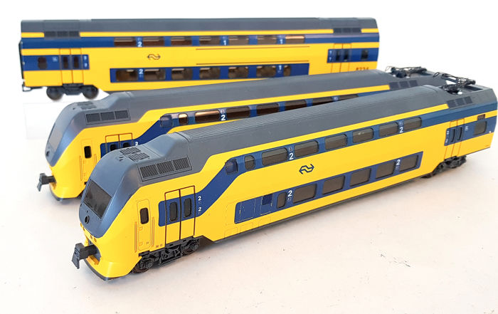 Lima H0 - 149857 - Train unit - Three-part IRM - NS