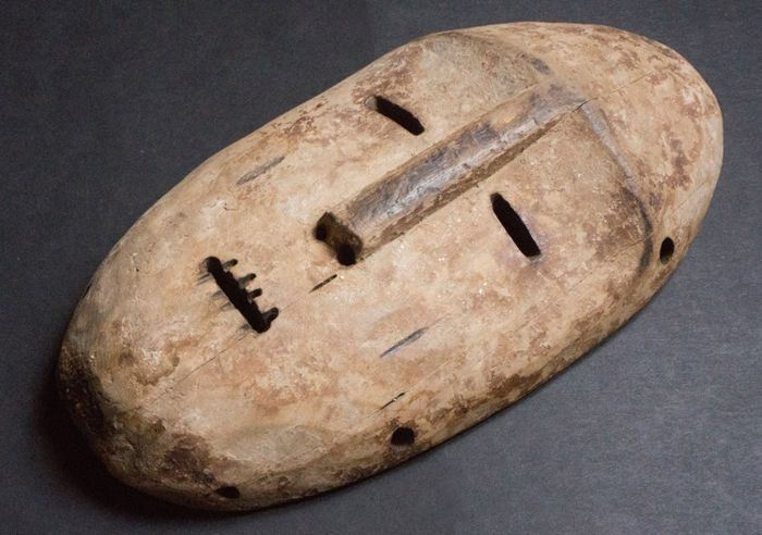 Initiatory mask - Wood - In the style of Lega - Congo DRC