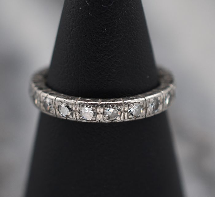 18 kraat Hvidguld - Ring - Diamanter