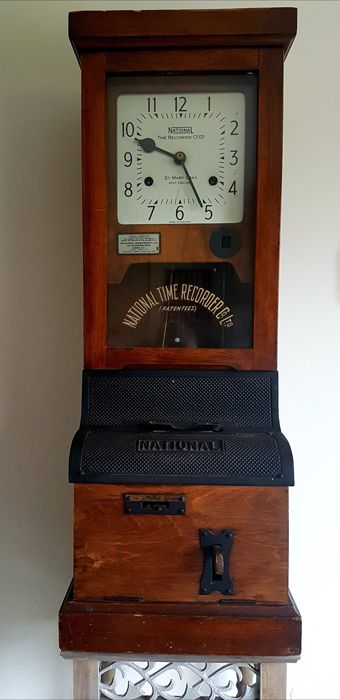 Stamp clock from the 1930s - Soft wood - First half 20th century