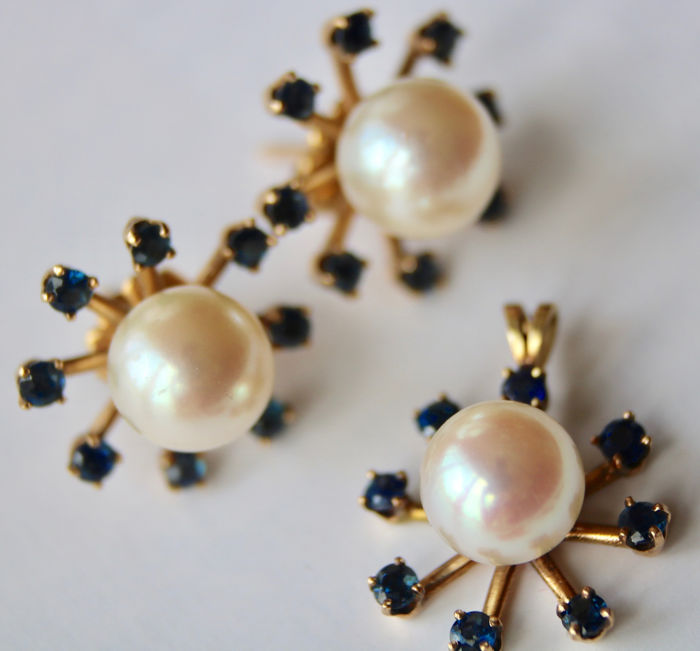 14 kt. Yellow gold - Set of Pendant and Pair of Earrings with genuine sea/salty pearls - 1.20 ct natural Sapphires - Japanese Akoya Pearls