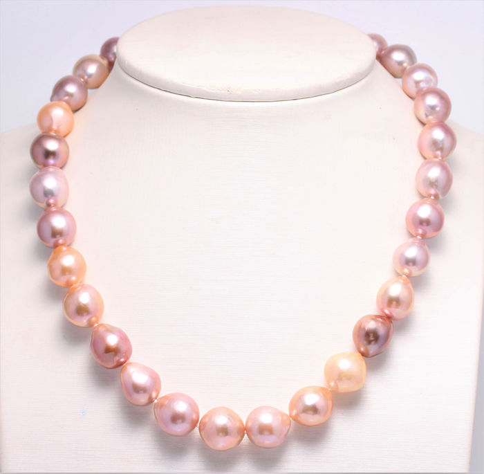 NO RESERVE PRICE - 925 Silver - 10x13.8mm Beautiful Colours Cultured Pearls - Necklace