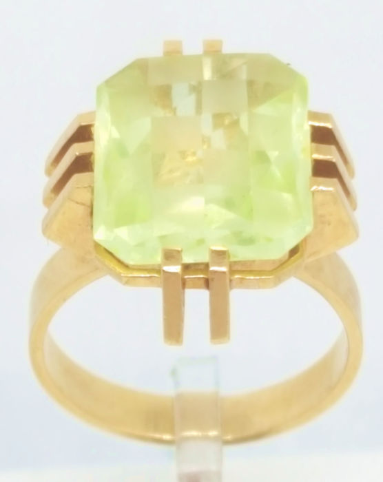 18 kt Gelbgold - Ring - 5.00 ct Synthetischer Spinell