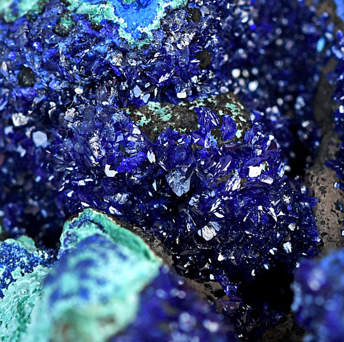 HIgh Quality Azurite and Malachite From China - 6.1×4.5×3.7 cm - 100 g
