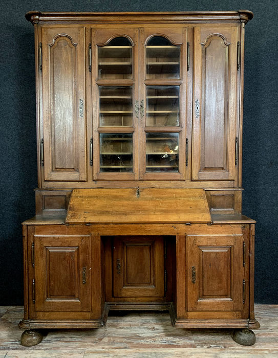 Notarial office furniture Louis XIII: buffet-scriban with library - Oak - Late 18th century