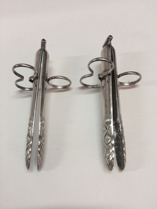 Asparagus tongs (2) - .800 silver - Italy - First half 20th century