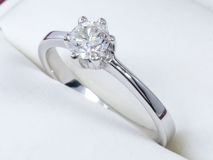 bague solitaire taille 47