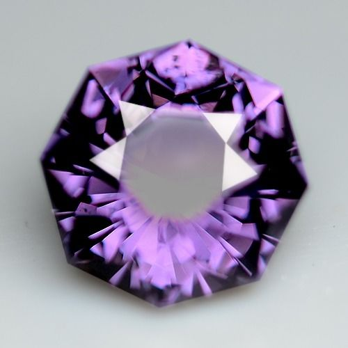 Spinel - 3.73 ct
