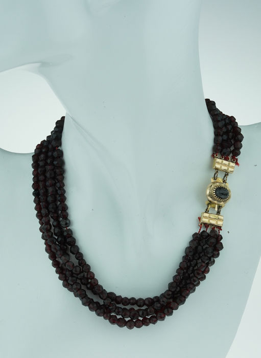 Vintage - 14 kt. Gold - Necklace Garnet