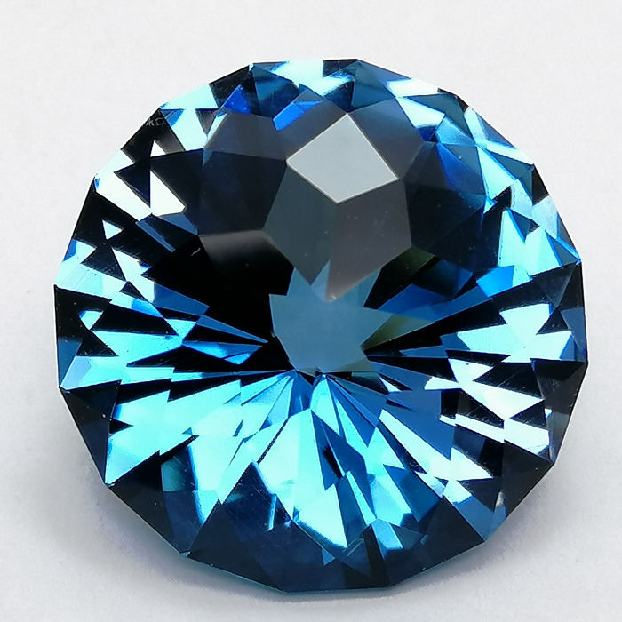 London Blue Topaz - 15.74 ct