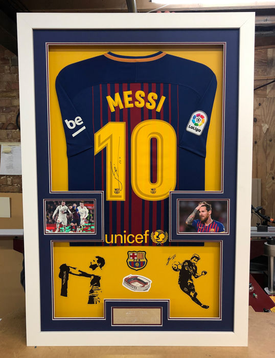 FC Barcelona - Spaanse voetbal competitie - Lionel Messi - 2017 - Jersey(s)