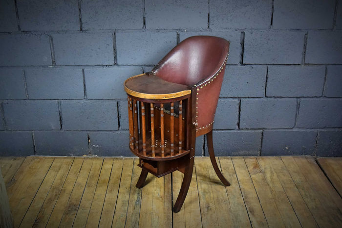 A Vintage Wooden High Chair Wood Catawiki