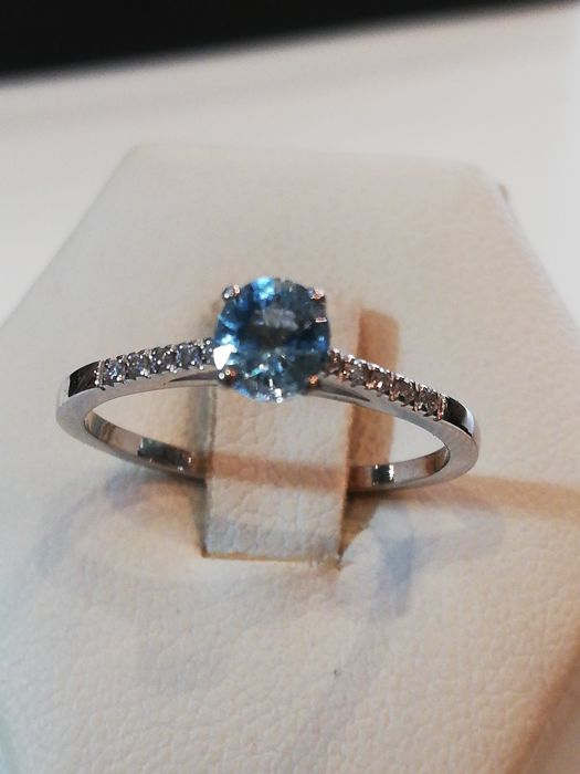 18 kt. Gold, White gold - Ring Aquamarine - Diamonds