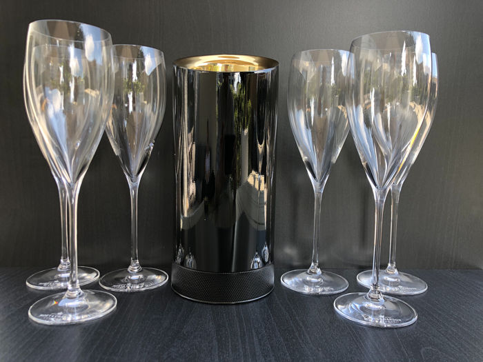 Moët et Chandon ice cooler and 6 glasses - Champagne