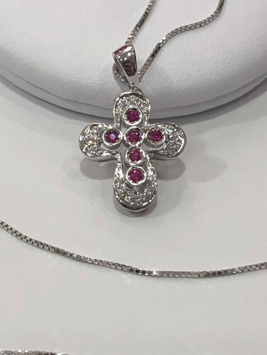 18 kt. White gold - Necklace, Necklace with pendant - 0.10 ct Ruby - Diamond