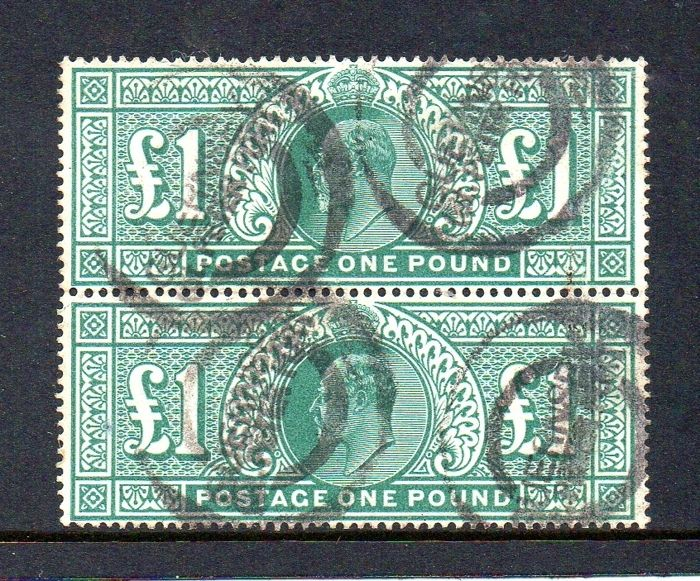 Great Britain 1911 - KEVII £1 Deep Green Vertical Pair - Stanley Gibbons SG320