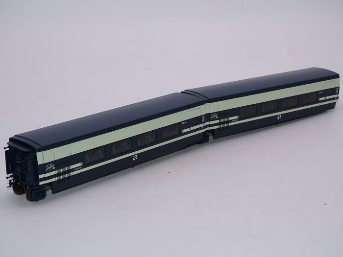 Electrotren H0 - 3211/3212 - Passenger carriage - Intermediate coach pair for Talgo Pendular coach set - RENFE
