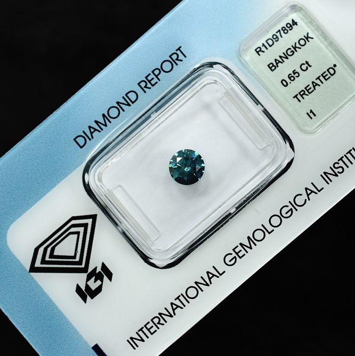 Diamond - 0.65 ct - Brilliant - Fancy Deep Blue - I1