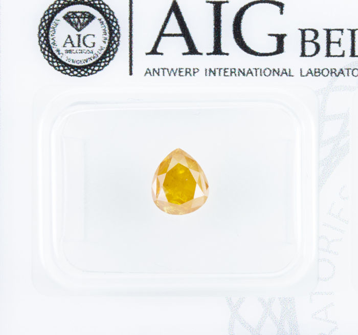 Diamond - 0.95 ct - Natural Fancy INTENSE Yellow - I3  *NO RESERVE*