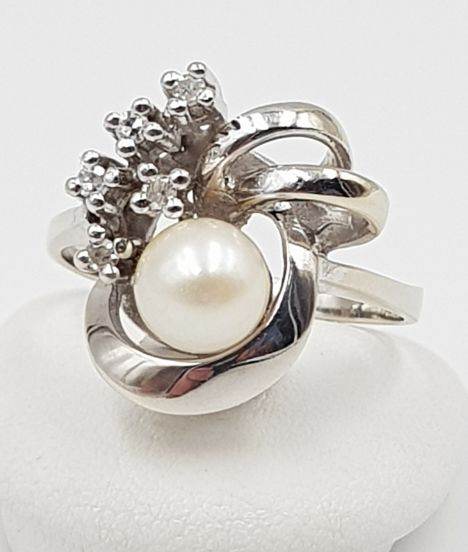 14 kt. White gold - Pearl Ring - 585 White Gold - 1 Freshwater Pearl + 5 Diamonds pearl - Diamond