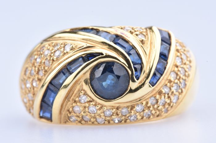 18 kt. Yellow gold - Ring - 0.60 ct Sapphire - Diamond