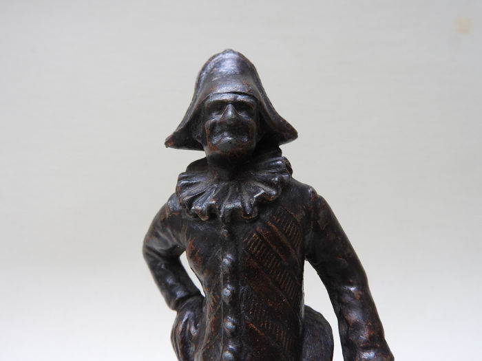 D . Lenoir - Figure, Punch - Alloy, patinated white metal - Late 19th century
