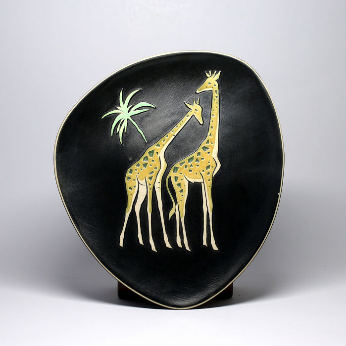 Hungarian arts and crafts company - Wall plate with Giraffes - Earthenware