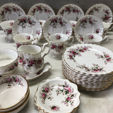 Tableware Auction
