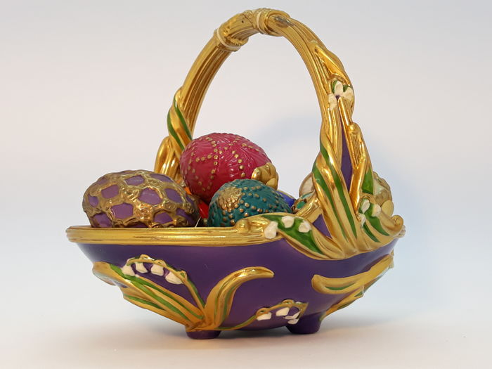 House of Fabergé - Franklin Mint - Figure, The Spring Basket (10) - Porcelain