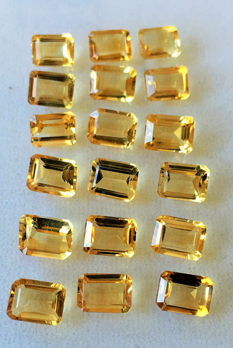 18 pcs  Citrin - 27.00 ct