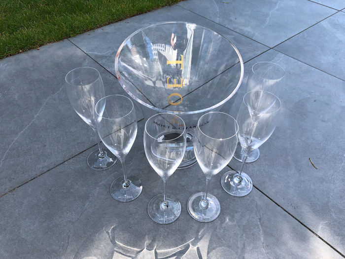 Moët et Chandon ice-bucket and 6 glasses - Champagne