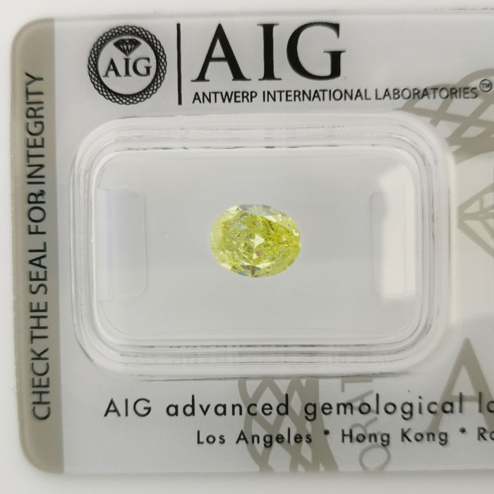 1 pcs Diamant - 1.01 ct - Oval - fancy vivid yellow - SI2