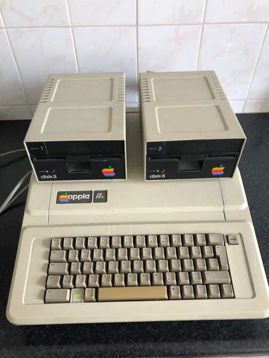 Apple IIe - A2S2064 - Ordenador antiguo
