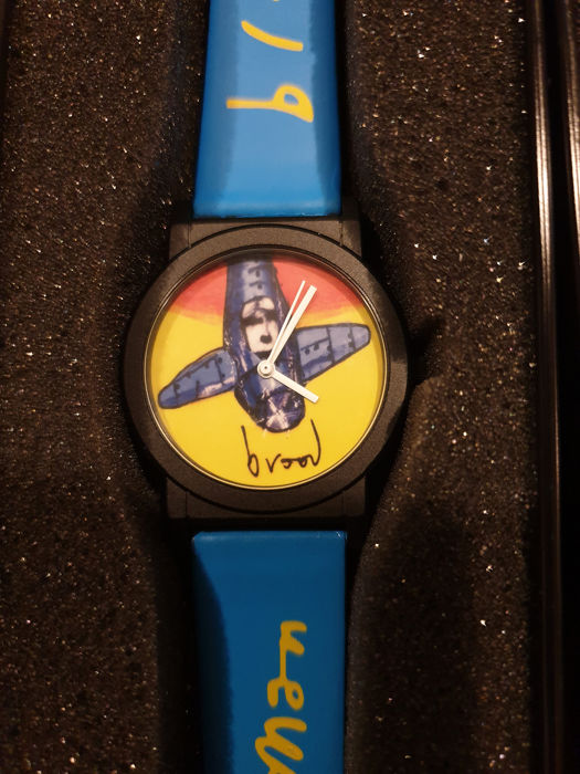 depicting a design by Herman Brood - Watch