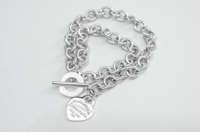Return to Tiffany Heart Tag Toggle Necklace  Argent - Collier