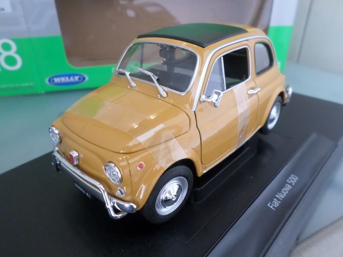 Welly Nex - 1:18 - Fiat 500  - Dark Yellow