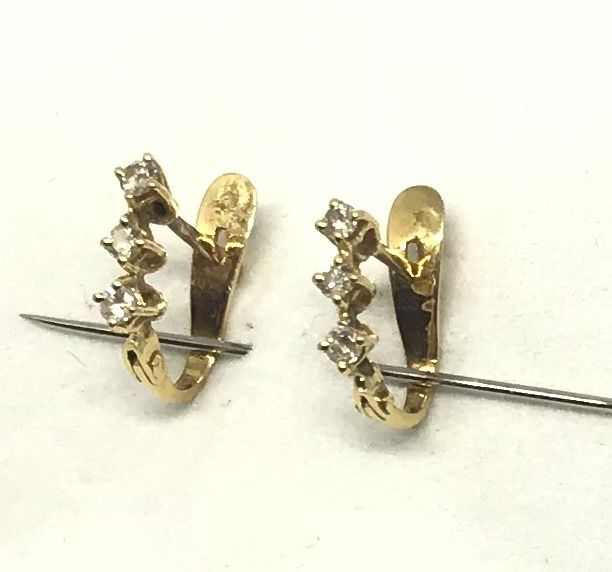 18 kt. Gold, Yellow gold - Earrings - 0.20 ct Diamond - Diamond